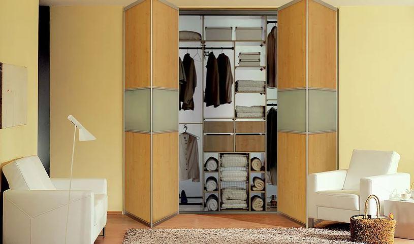 wardrobe bi-folding doors
