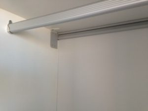wardrobe hanging rail
