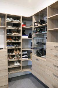 walk in wardrobe wood grain